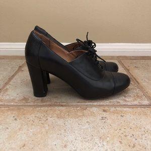 Clarks Indigo Black Leather Lace Up Heels
